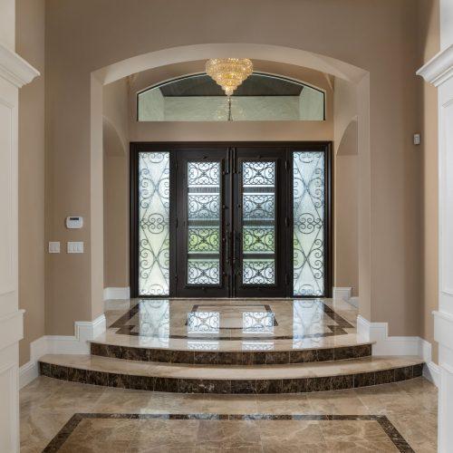elegant traditional style interior