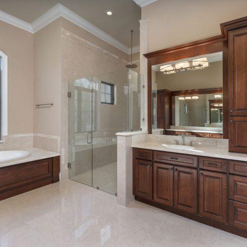 custom bath design built by Beck Custom Homes